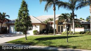 525 Newport Drive, Indialantic, FL 32903