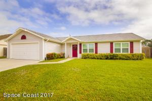 1053 Locust Avenue NW, Palm Bay, FL 32907