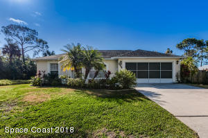 554 Ewing Street NE, Palm Bay, FL 32907