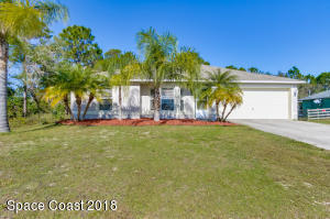 1171 Larkspur Street SE, Palm Bay, FL 32909