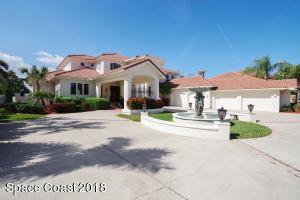 125 Lansing Island Drive, Indian Harbour Beach, FL 32937