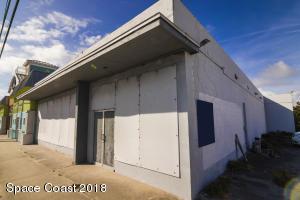 2412 S Harbor City Boulevard S, Melbourne, FL 32901