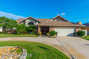 577 Crystal Lake Drive, Melbourne, FL 32940