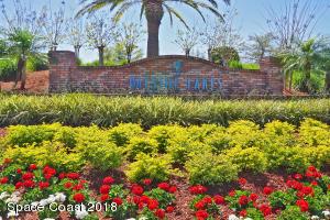 409 Gardendale Circle SE
