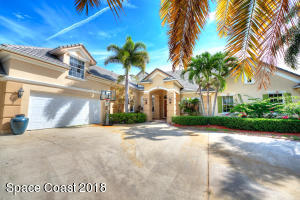 218 Lansing Island Drive, Indian Harbour Beach, FL 32937