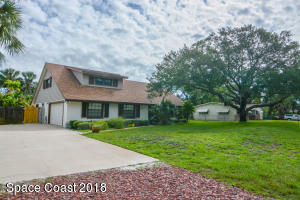 2411 Colonial Drive
