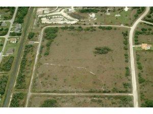 690 SW Windy Cove Street SW, Palm Bay, FL 32908