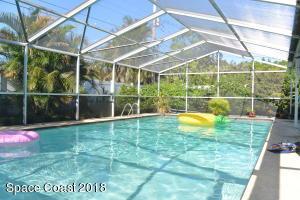 295 Cherry Avenue, Merritt Island, FL 32953