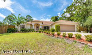 230 Falls Church Street SW, Palm Bay, FL 32908