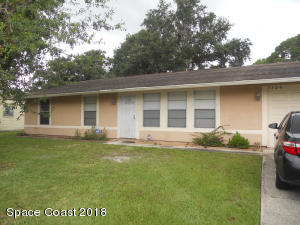 3 bdrm 2 bath home in the heart of Palm Bay