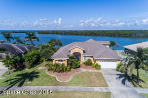 Property for sale at 33 Harbor Circle, Cocoa Beach,  Florida 32931
