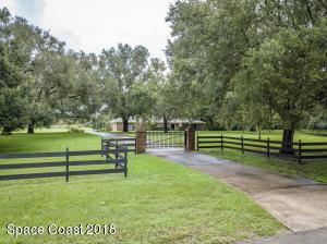 2136 Canal Ridge Drive, Titusville, FL 32780