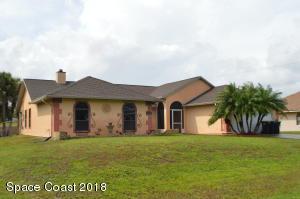 1638 Falk SE, Palm Bay, FL 32909