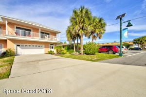 7071 Ridgewood Avenue, Cape Canaveral, FL 32920