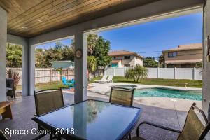 433 S Orlando Avenue S, Cocoa Beach, FL 32931