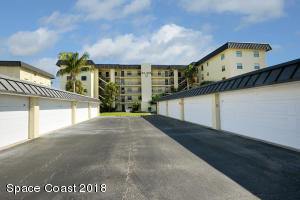 4570 Ocean Beach Boulevard, 210