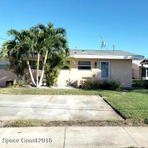 Gorgeous remodeled 2 bedroom 1 bath 1st floor condo Screened in patio with 2 parking spaces directly in front. Just a few blocks from the ocean and 1 mile North from Minuteman Parkway. GREAT LOCATION!!