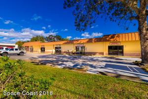 300 Old Dixie Highway, Vero Beach, FL 32962