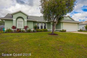 627 Ballon Terrace SE, Palm Bay, FL 32909