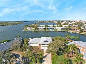 265 Antigua Drive, Cocoa Beach, FL 32931