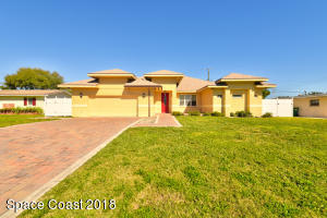 415 N 4th Street, Cocoa Beach, FL 32931