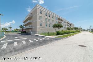 125 Pulsipher Avenue, 402, Cocoa Beach, FL 32931