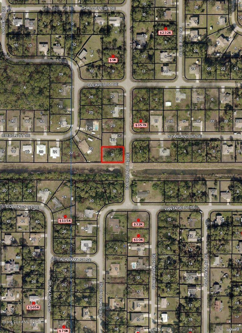 898 Everglade Avenue