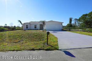 1471 SE Palau Street SE, Palm Bay, FL 32909
