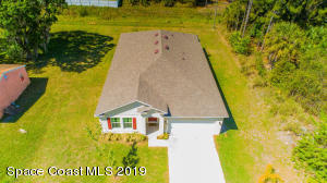 562 Galilean Avenue SE, Palm Bay, FL 32909