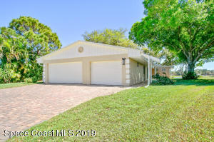445 Myrtlewood Road, Melbourne, FL 32940
