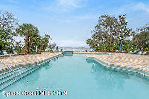 225 S Tropical Trl, 124, Merritt Island, FL 32952