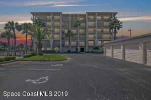 2090 N Atlantic Avenue, 307, Cocoa Beach, FL 32931