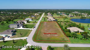 4028 Gardenwood Circle, Grant Valkaria, FL 32949