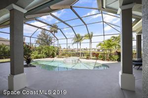 286 LANSING ISLAND DRIVE, SATELLITE BEACH, FL 32937  Photo