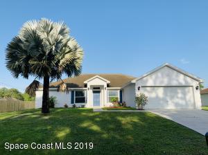 274 Higgins Avenue NW, Palm Bay, FL 32907