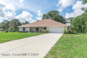 4005 Peppertree Street, Cocoa, FL 32926