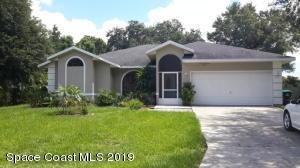 613 SE Seven Gables Circle SE, Palm Bay, FL 32909