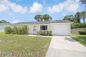 732 Fernandina Street NW, Palm Bay, FL 32907