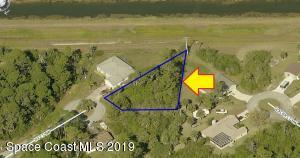 596 Ivy Court NW, Palm Bay, FL 32907