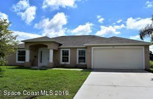 315 Comet Avenue SE, Palm Bay, FL 32909