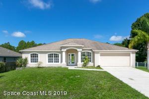 998 Alpine Avenue NW, Palm Bay, FL 32907