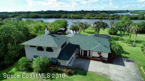 9691 Mockingbird Lane, Micco, FL 32976