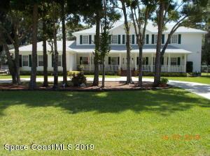 2205 Pine Meadow Avenue, West Melbourne, FL 32904