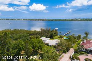 18 Stockton Drive, Merritt Island, FL 32952