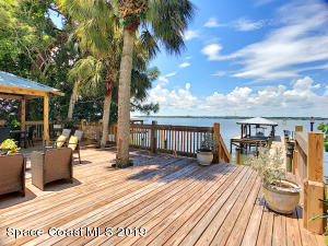 2095 S Tropical Trail S, Merritt Island, FL 32952