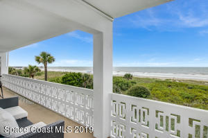 Welcome to Penthouse Residence 312 in beautiful Cocoa Beach!