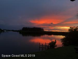 487 N Shore Drive, Cocoa Beach, FL 32931