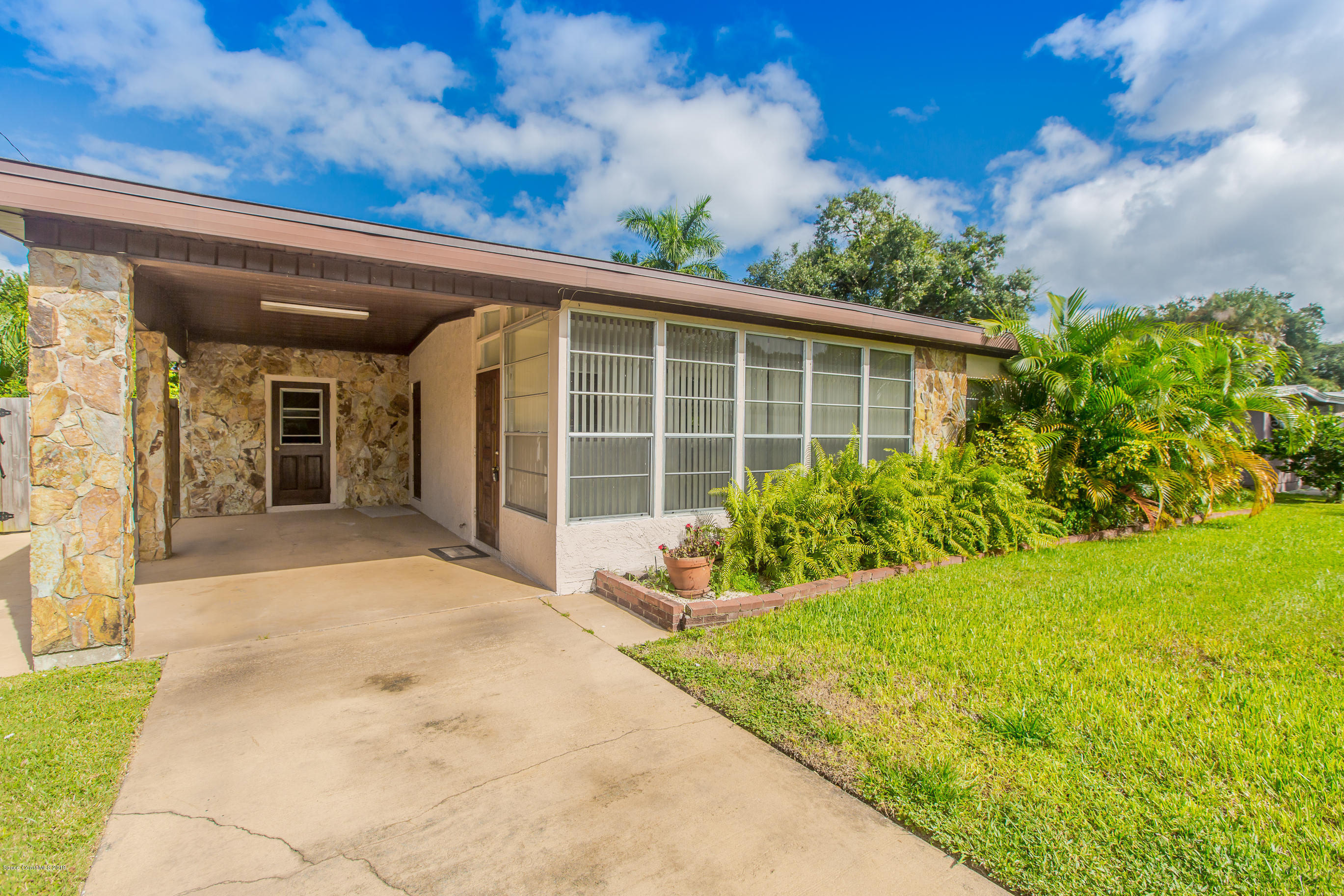 130 N Indian Circle, Cocoa, Florida