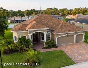 111 Via Catalano Court NE, Palm Bay, FL 32907