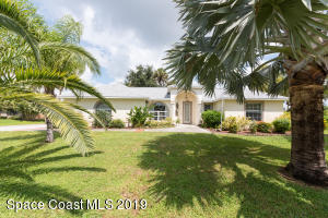 590 Hidden Creek Drive, Merritt Island, FL 32952